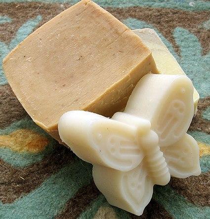 Az otthon készített szappan (haziszertar.hu)